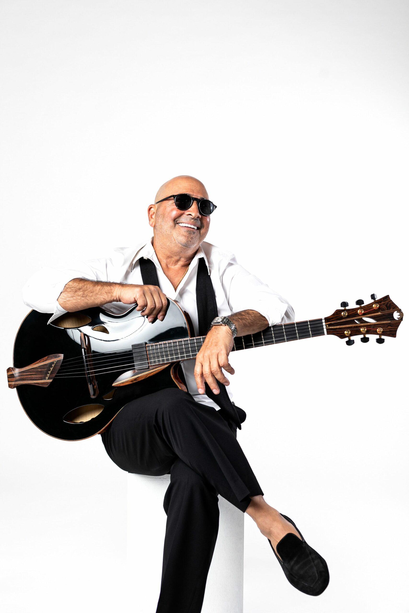 Rik Jonna Plays Mirabella Guitars 2